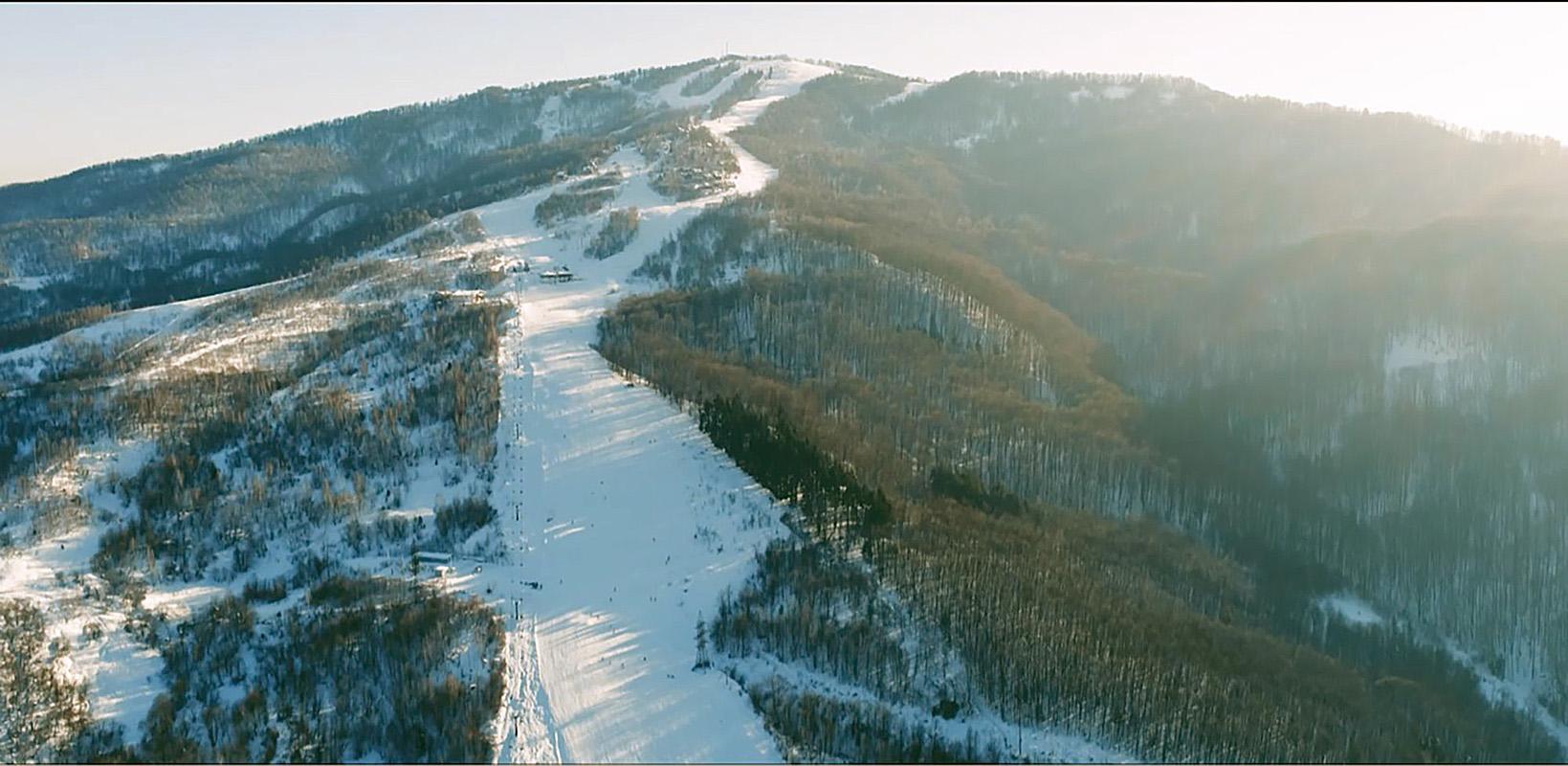 Украина  красія курорт лижи